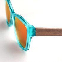 handmade eyewear - hangefertigte brillenfassung - holzbügel - walnuss & ahorn - copyright by kurz & weit brillenwerkstatt