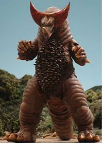 Kaiju 怪獣 Gomora (ゴモラ ) that first appeared in Ultraman Episode 26 The Prince of Monsters: Part aired on 8 January 1967 Classic Monster Movies, Giant Monster Movies, Classic Monsters, Japanese Superheroes, Japanese Monster, Classical Mythology, Showa Era, Birthday Bag, Scary Monsters