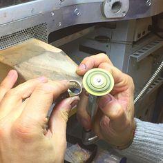Stiamo mettendo s misura L anello Marie Chevalier per la cara Emmanuelle Fangier :)