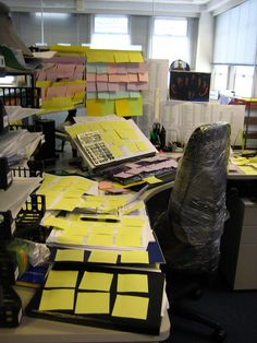 Cubicle prank more cubicle pranks cubicle life desk 2nd scott s