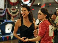 The complete series of 'Gilmore Girls' was released on Netflix today. Lorelai and Rory Gilmore are back in our lives. Thank you Netflix! Here are 24 reasons we're still obsessed with 'Gilmore Girls. Rory Gilmore, Gilmore Girls Music, Gilmore Girls Episodes, Gilmore Girls Quotes, Amy Sherman Palladino, Lauren Graham, Stars Hollow, Alexis Bledel, Babette Ate Oatmeal