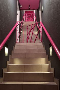 Image 8 of 25 from gallery of Hostel La Buena Vida / ARCO Arquitectura Contemporánea. Contemporary Architecture, Architecture Details, Interior Architecture, Interior Design, Hotel Interiors, Office Interiors, Home Office, Hostels, Innovation