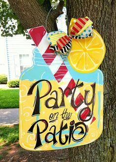 Mason Jar Wooden Door Hanger ☆ Wooden Door Hanger Lemonade ☆ Summer Wooden Door Hanger ☆ Party on the Patio Wooden Door Hanger ♡ painted by Sydney Turner & Ursula Mason