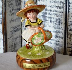 VINTAGE American Greetings HOLLY HOBBIE Music Box 'What a Beautiful Morning'