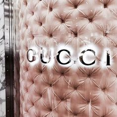 Imagem de gucci, luxury, and pink Rose Gold Aesthetic, Boujee Aesthetic, Aesthetic Collage, Aesthetic Pictures, Style Pictures, Aesthetic Grunge, Aesthetic Vintage, Bedroom Wall Collage, Photo Wall Collage
