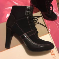 Cole Haan G Series Bootie Comfort. Style. Dress Up. Casual. Two tone. Black leather trim. Black suede. Pink stitching. Lace up combat style yet very feminine. Nikeair bottom makes the walk smooth as ever!!! The ankle is waterproof fabric for all day comfort. Box included. Cole Haan Shoes Ankle Boots & Booties