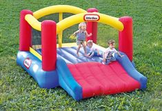 Little Tikes Inflatable Jump 'n Slide Bounce House w/heavy duty blower Outdoor Toys For Toddlers, Best Outdoor Toys, Outdoor Activities For Kids, Games For Toddlers, Toys For Boys, Inflatable Bounce House, Inflatable Slide, Bounce House Birthday, Backyard Toys