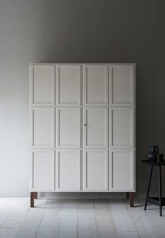 The Frey Armoire features panelled doors, which open to reveal timber-lined interiors. We offer a series of standard internal configurations, including hanging space, shelves and drawers.