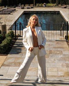 #karllagerfeld #ss2020 Karl Lagerfeld, Duster Coat, Jackets, Style, Fashion, Down Jackets, Fashion Styles, Jacket, Fashion Illustrations