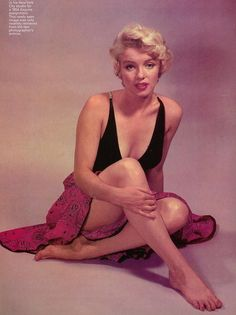 marilyn monroe in 1952 photos by philippe halsman Classic Hollywood, Old Hollywood, Hollywood Glamour, Fotos Marilyn Monroe, Marylin Monroe Style, Marilyn Monroe Portrait, Norma Jean Marilyn Monroe, Photos Rares, Philippe Halsman