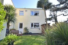 2 bedroom end of terrace house for sale in Albion Road, Helston - Rightmove. Holidays In Cornwall, Property For Sale, Terrace, Garage Doors, Outdoor Decor, House, Home Decor, Balcony, Decoration Home