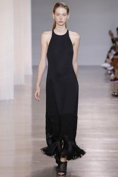 Edun Spring 2016 Ready-to-Wear Fashion Show - Lauren de Graaf