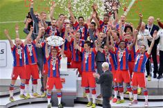 Bundesliga Logo, Favourite Festival, Lets Celebrate, Munich, Champion, Fashion Accessories, Germany, Soccer, Celebrities