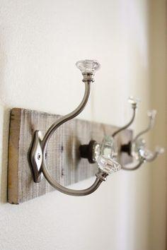 Pallet Coat Rack {glass door knob repurpose}