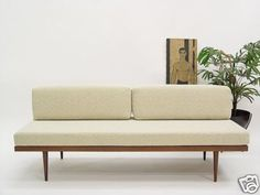sofa daybed modern – Page 156261 Mid Century Couch, Mid Century Furniture, Eames, Modern Furniture, Furniture Design, Daybed Design, Modern Daybed, Diy Sofa, Mid Century Style