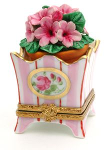 Limoges pink flower pot with flowers