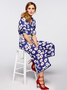 Olivia Palermo rocks a printed jumpsuit like no other.