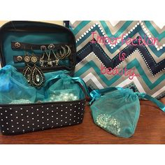 Store your jewelry for travel in this great little Baubles and Bracelets Case!