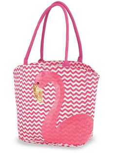 A perfectly pink way to tote summer outing accessories, this flamingo print bag is great for carrying to the beach, pool or just keeping in the car for impromptu adventures. This jute tote bag features a flamingo applique with sequin beak, soft cotton rop Flamingo Rosa, Flamingo Beach, Flamingo Decor, Flamingo Party, Pink Flamingos, Flamingo Print, Flamingo Gifts, Jute Tote Bags, Vide Dressing