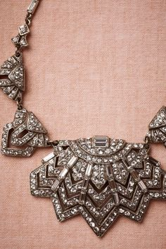Art Deco Necklace: I think am in love with all things art deco*