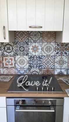 Tenerife, Kitchenette, Tile Floor, New Homes, Kitchen Cabinets, Flooring, House, Toilet, Bathroom
