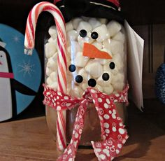 Homemade Gift Idea: Snowman Cocoa in a Jar