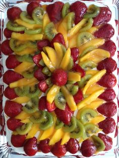 Fresh Fruit Cake made by Aduriz Aduriz Garza Fresh Fruit Cake, Fruit Cakes, Fruit Recipes, Healthy Recipes, Good Food, Yummy Food, Cupcake Cakes, Cup Cakes, Sweet Pie