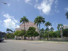 O Teatro de Santa Isabel é um teatro localizado na cidade brasileira do Recife, capital do estado de Pernambuco. É um exemplo de arquitetura neoclássica predominante no século XIX brasileiro