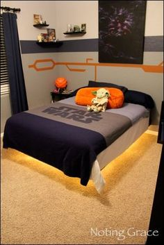 Star Wars Room Hovercraft Bed. I want this! Husband says no way. How did I marry a man that's not into Star Wars?