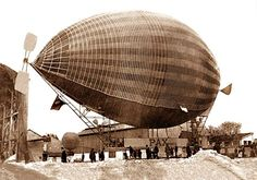 The airship Pax outside its shed in Paris. BFD