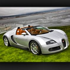 I woke up in a new Bugatti! Fast Sports Cars, Super Sport Cars, Bugatti Veyron, Bugatti Cars, Bugatti Wallpapers, Super Fast Cars, Jeep Cars, Car Pictures, Car Pics