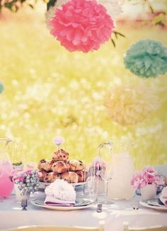 pretty table of a wedding day.