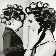 Adorable Mother/daughter photo shoot idea :)