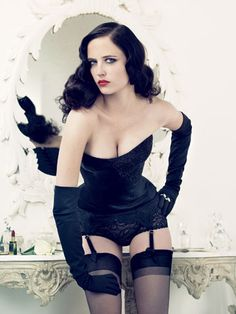 Eva Green - loved her in Casino Royale & Kingdom of Heaven.