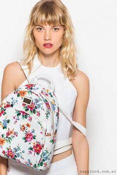 Tropea – Carteras y mochilas estampadas verano 2016