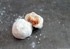 Dulce de Leche Stuffed Polvorones   |   hungryfoodlove.com