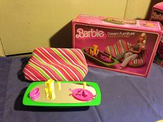 1978 Barbie Dream Furniture Collection: Sofa & Coffee Table