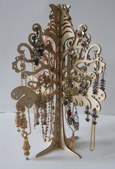 This Jewelry Organizer Tree is made of natural 3 layer of wood. These layers are arranged in such a way that wood fibers are perpendicular to each