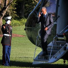 POTUS #barackobama steps off #marineone on the #whitehouselawn today #911 by worldrider