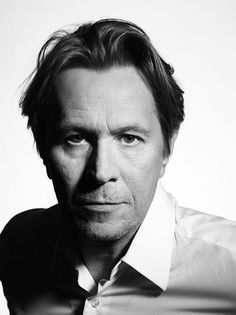 Gary Oldman a chameleon of a performer and one of the very best people at playing compelling villains.