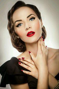 55 Ideas Vintage Wedding Makeup Red Lips Eyebrows For 2019 55 Ideen Vintage Hochzeit Make-up r Glam Makeup, 1940s Makeup, Pin Up Makeup, Retro Makeup, Red Lip Makeup, Classy Makeup, Gatsby Makeup, Rockabilly Makeup, Makeup List