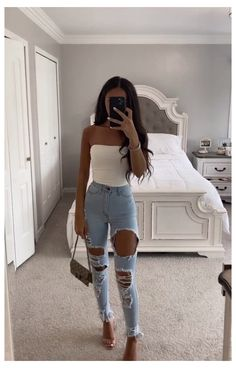 Miami Outfits, Boujee Outfits, Baddie Outfits Casual, Winter Fashion Outfits, Cute Casual Outfits, Pretty Outfits, Stylish Outfits, Teen Spring Fashion, Casual Drinks Outfit Night
