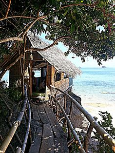 Nipa Hut with Beach View Caramoan, Philippines