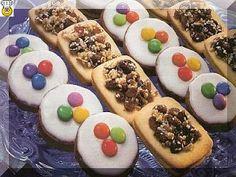 vcielkaisr-mojerecepty: Čokoládové kolieska Cookies, Desserts, Food, Crack Crackers, Tailgate Desserts, Deserts, Biscuits, Essen, Postres