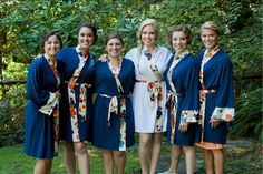 Jenny and Bridesmaids in Doie Lounge #wedding #robes #bridesmaid #robes