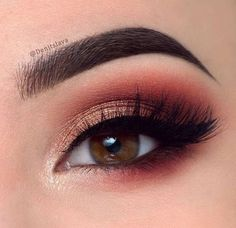 10 Amazing Makeup Looks for Brown Eyes http://stylesweekly.com/makeup-looks-for-brown-eyes/