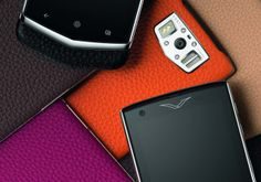 Luxo com ar primaveril - High-Tech Girl  Vertu Constellation