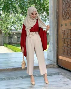 Hijab Tutorial, Hijab Outfit, Fashion 2020, Hijab Fashion, Summer Outfits, Pants, Outfit Ideas, Style, Quotation