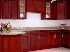 Image of: Cherry Kitchen Cabinet Backsplash Ideas