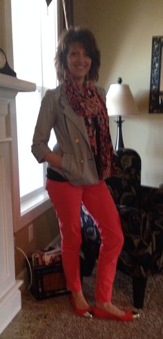 CAbi pigment jegging, fifth ave tee, and life jacket. Bam- spring is here.